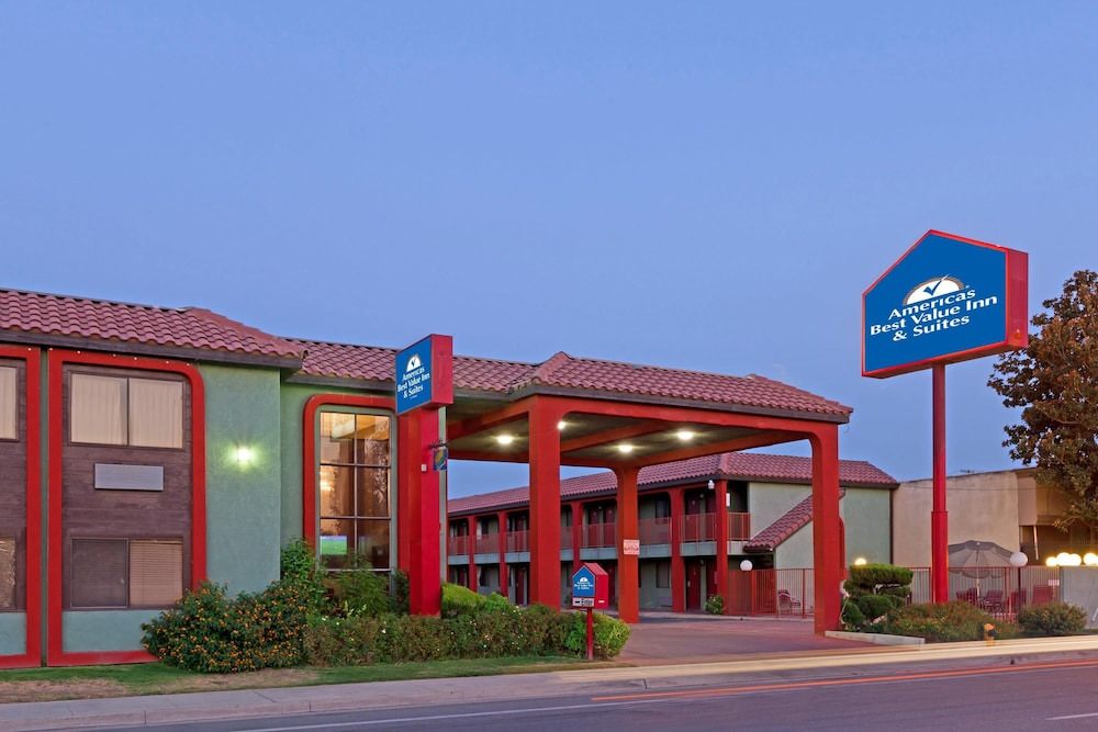 Americas Best Value Inn and Suites Bakersfield Central, Bakersfield