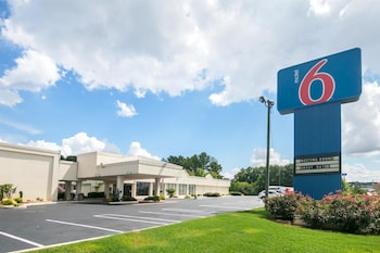 Picture of Motel 6 Conyers, GA in Conyers
