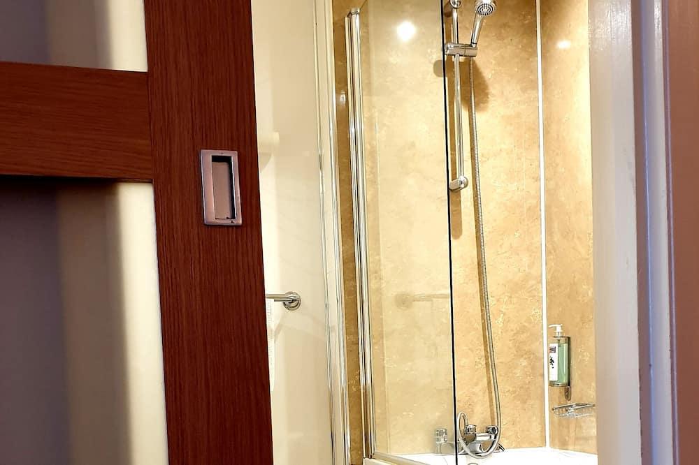Standard szoba, több ágy, nemdohányzó - Fürdőszoba