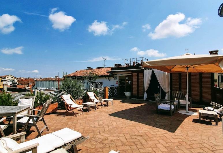 Hotel Saturnia & International, Venice, Terrace/Patio