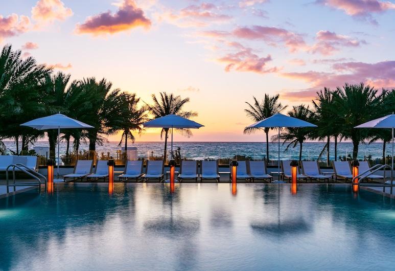 エデン ロック マイアミ ビーチ, マイアミ ビーチ, 屋外プール