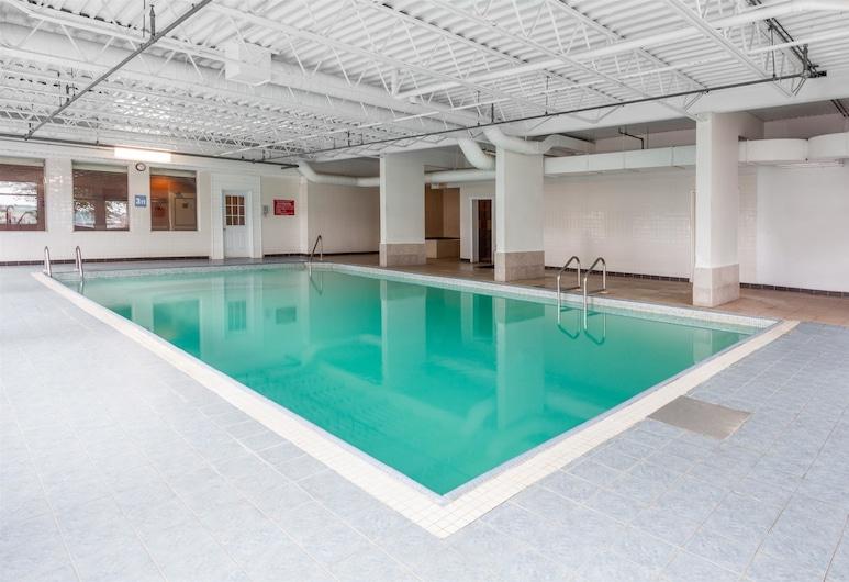 Canadas Best Value Inn St. John, Saint John, Pool
