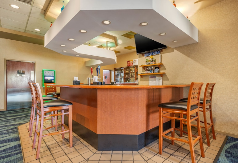 Clarion Inn Levittown - Philadelphia Langhorne, Levittown, Bar do Hotel