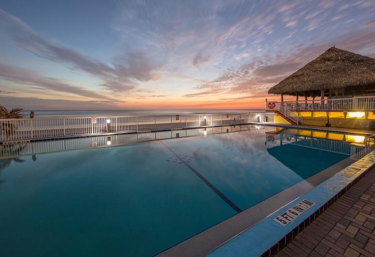 Comfort Inn & Suites Daytona Beach Oceanfront, Daytona Beach, Terrace/Patio