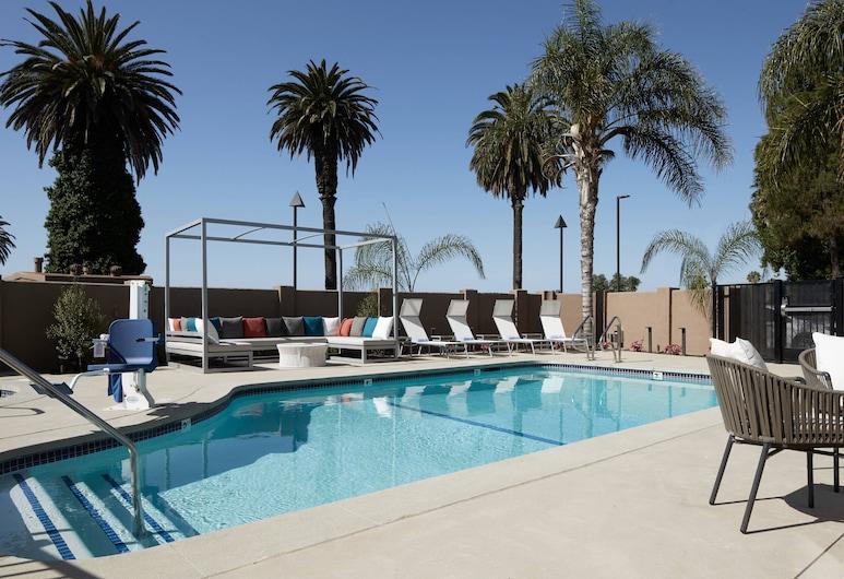 Fairfield Inn & Suites by Marriott Camarillo, Camarillo, Medence