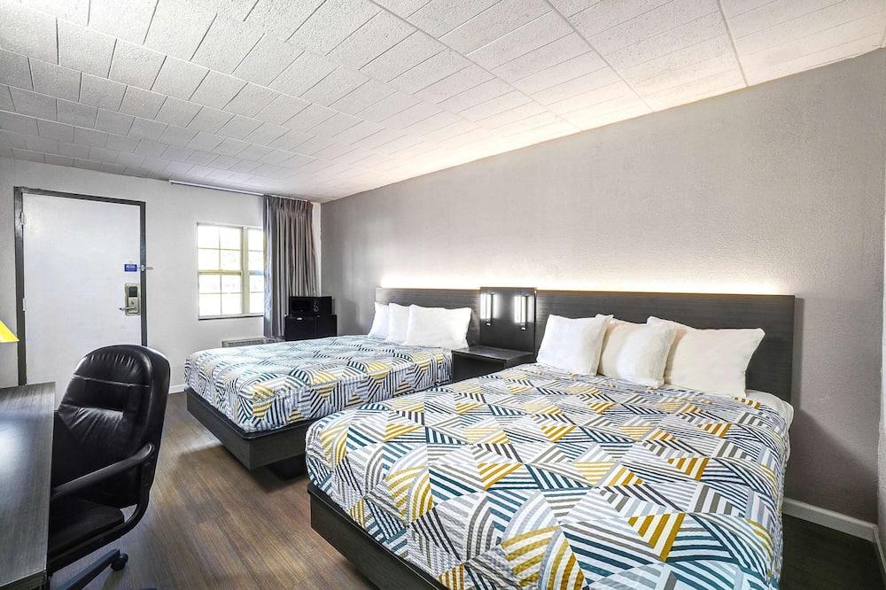 Quarto Standard, 2 camas queen-size, Fumadores, Frigorífico e Micro-ondas - Quarto