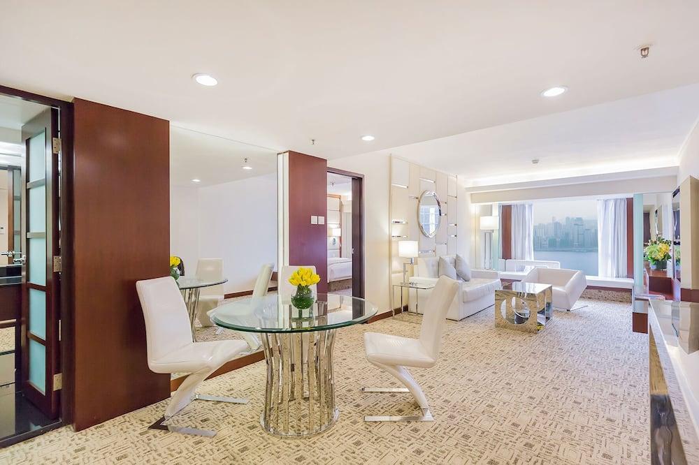 Suite Royal, acceso a la sala de negocios - Sala de estar