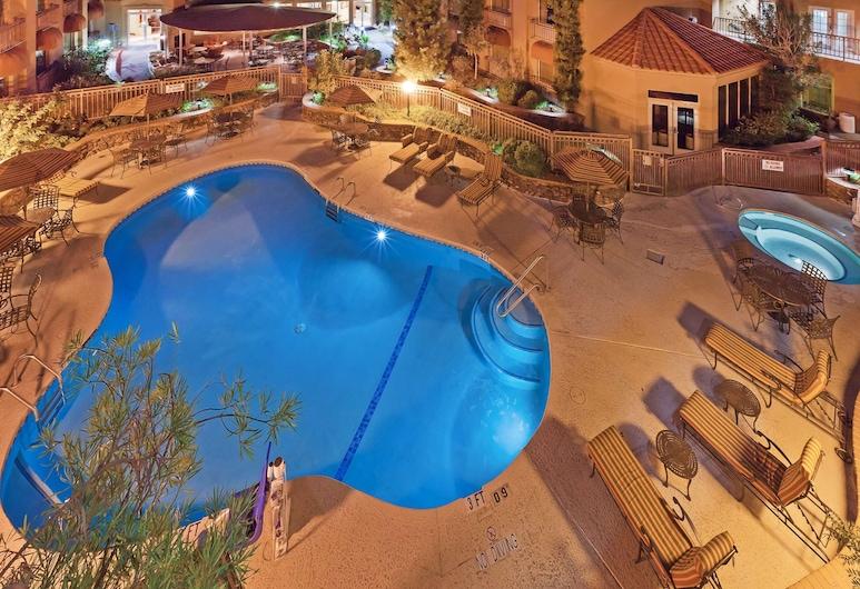 Radisson Hotel El Paso Airport, El Paso, Piscine en plein air