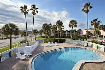 Picture of Days Inn by Wyndham Cocoa Beach Port Canaveral in Cocoa Beach