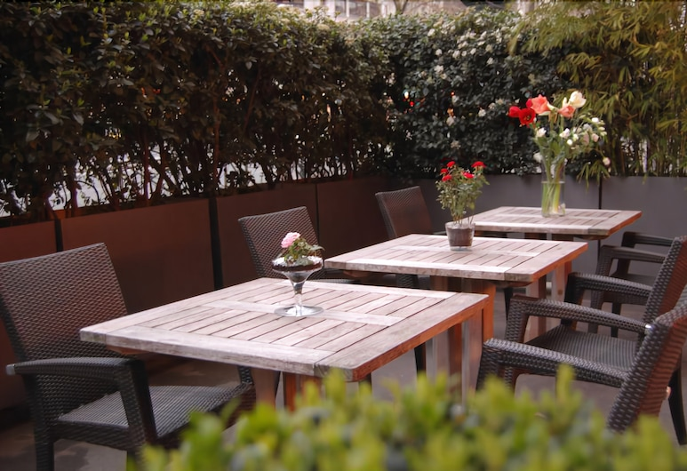 Hotel Novanox, Paris, Restauration en terrasse