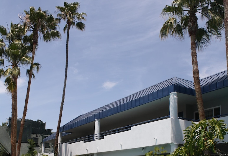 Hotel Current, Long Beach, Outdoor Pool