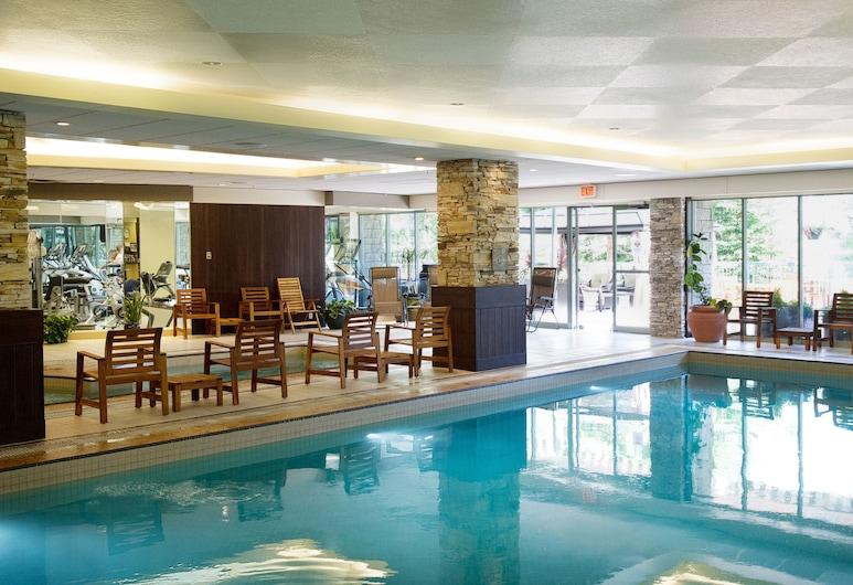 The Rimrock Resort Hotel, Banff, Indoor Pool