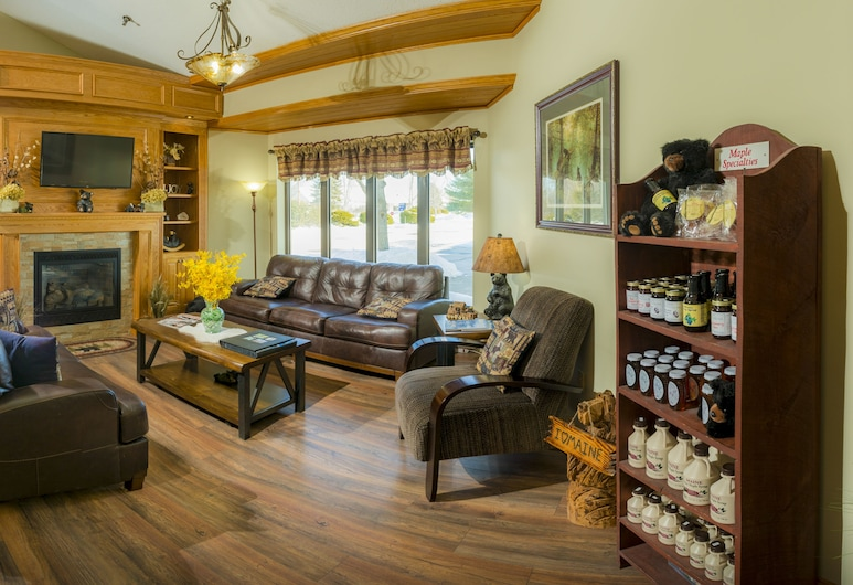 Black Bear Inn and Conference Center , Orono, Lobby