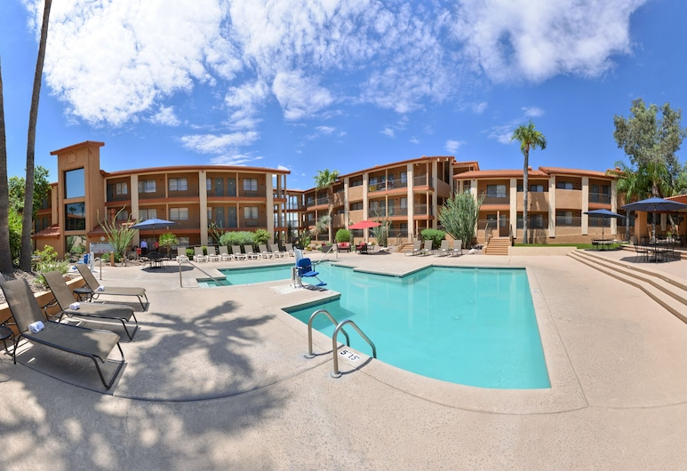 3 Palms Tucson North Foothills, Tucson, Suite, 1 King Bed, Pool View, Guest Room View