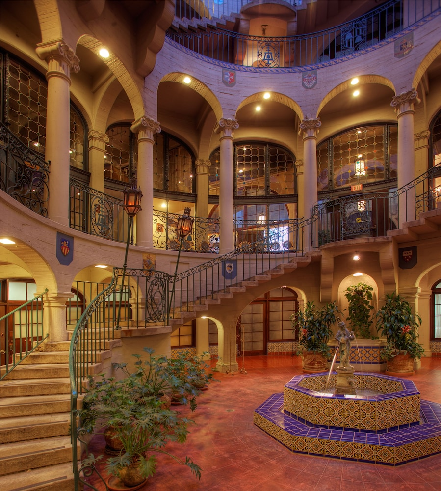 Book The Mission Inn Hotel Amp Spa In Riverside Hotels Com