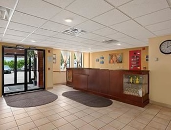 Picture of Days Inn Burlington Colchester in Colchester