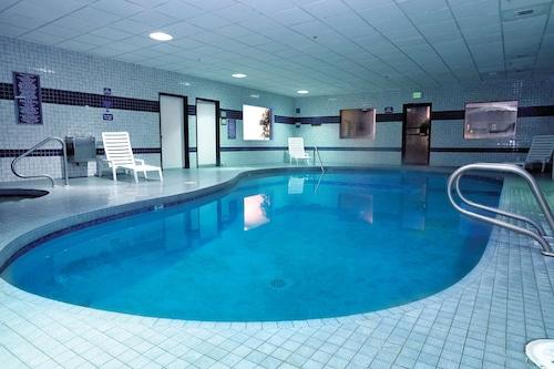 โรงแรมชิโลอินน์สวีทส์