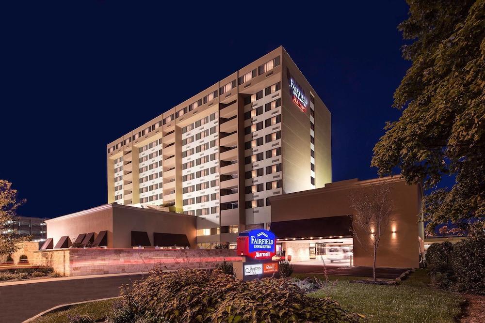 Fairfield Inn Suites By Marriott Charlotte Uptown