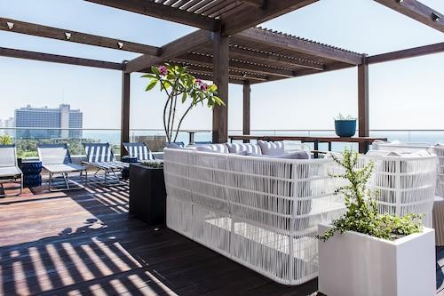 塔爾海灘酒店