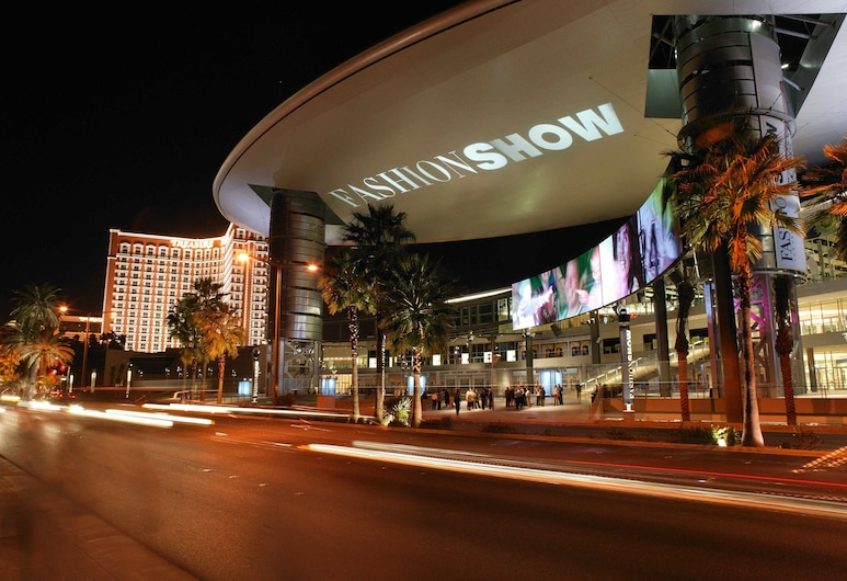 TI - Treasure Island Hotel and Casino, Las Vegas, Otel Girişi