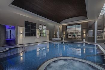 ภาพ Oulton Hall Hotel, Spa & Golf Resort ใน ลีดส์