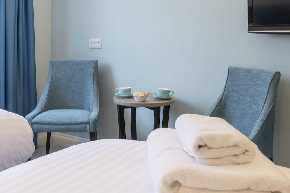 ห้องสแตนดาร์ด, เตียงเดี่ยว 2 เตียง - พื้นที่นั่งเล่น