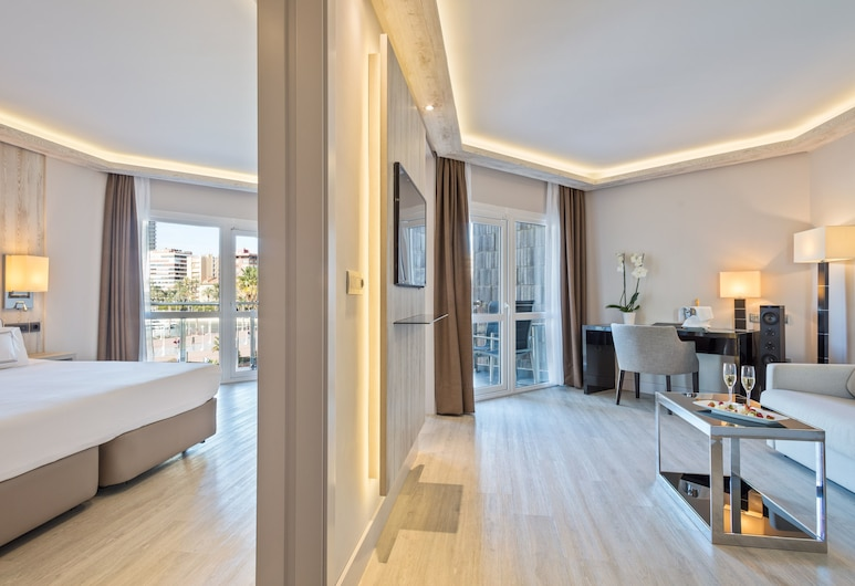 Melia Alicante, Alicante, Junior Suite The Level, Gjesterom