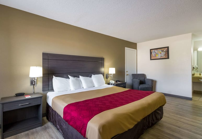 Econo Lodge Little Creek, Norfolk, Standard Room, 1 King Bed, Non Smoking, Guest Room