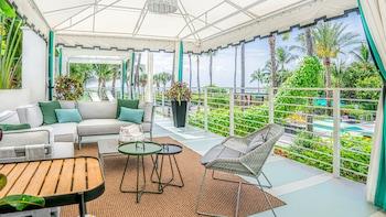 Picture of Kimpton Surfcomber Hotel in Miami Beach