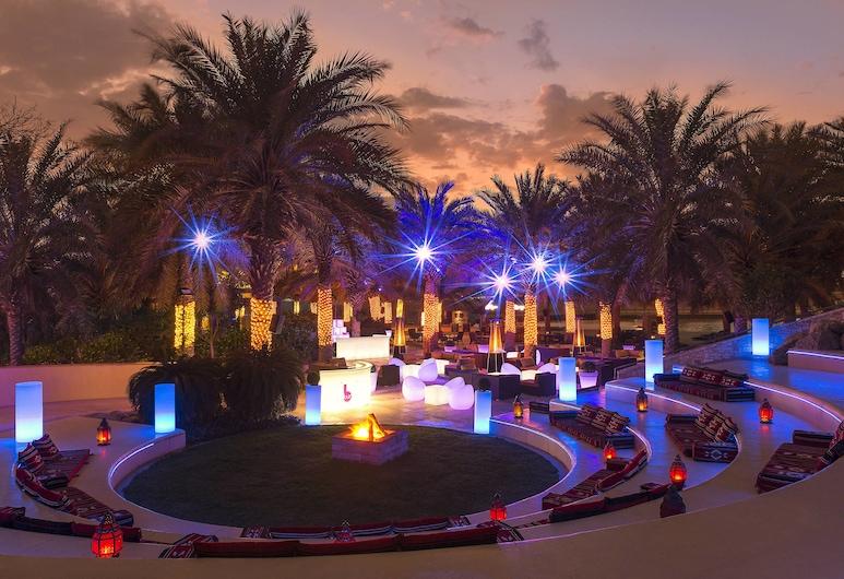 Sheraton Abu Dhabi Hotel & Resort, Abú Dhabi, Hotelový bar