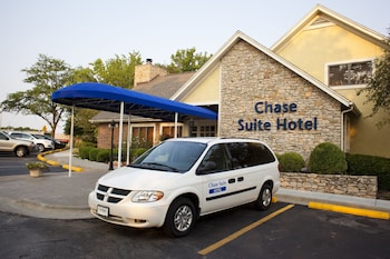 Picture of Cloverleaf Suites Kansas City - Overland Park in Overland Park