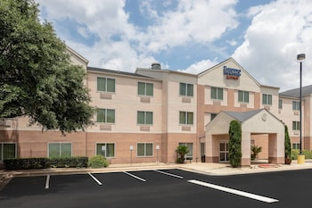 Picture of Fairfield Inn and Suites by Marriott Austin South in Austin