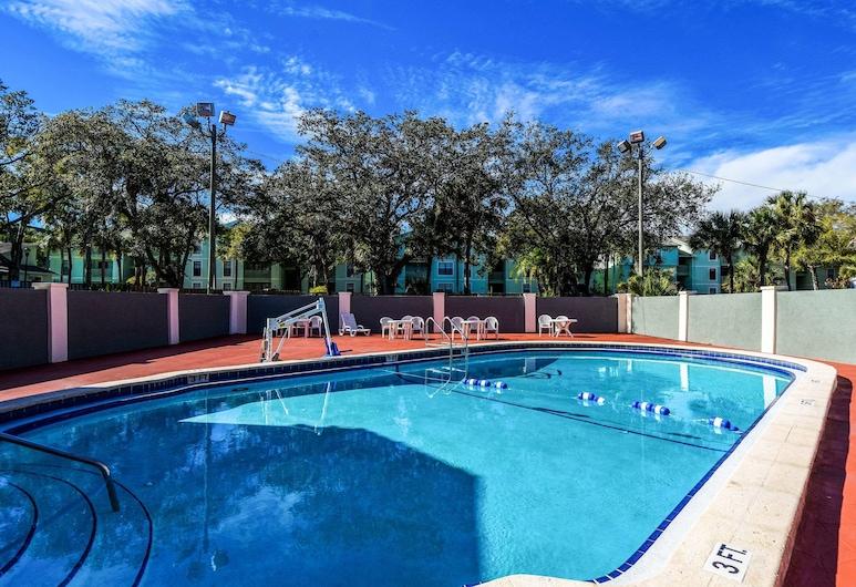 Econo Lodge Busch Gardens, Tampa, Alberca