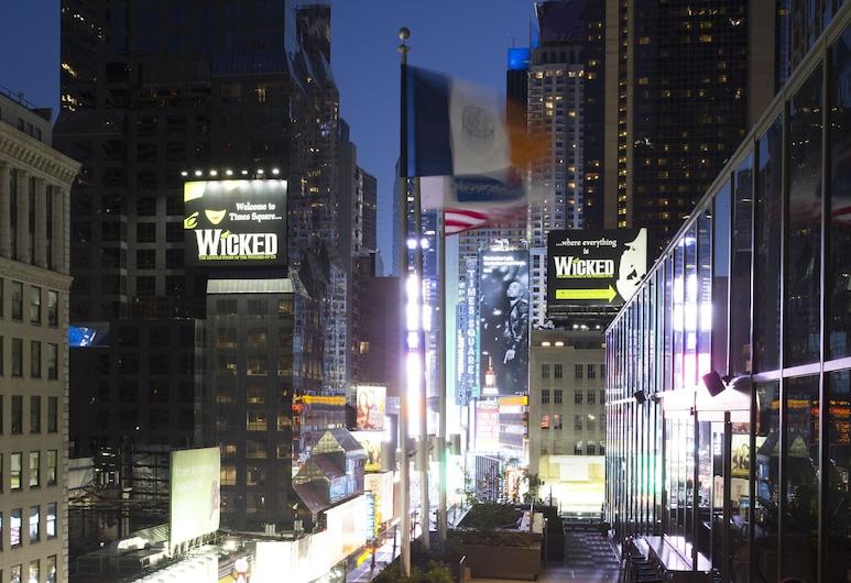 Novotel New York Times Square, New York, Terrace/Patio