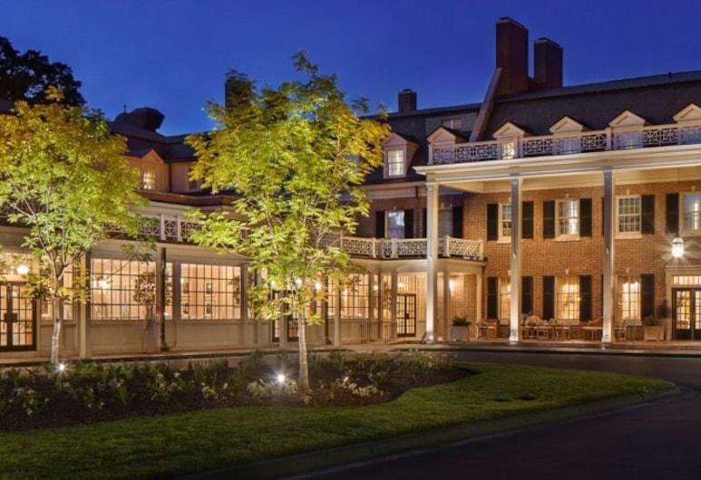 Carolina Inn, Chapel Hill, Fachada del hotel de noche