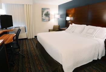 Book this Gym Hotel in Herndon