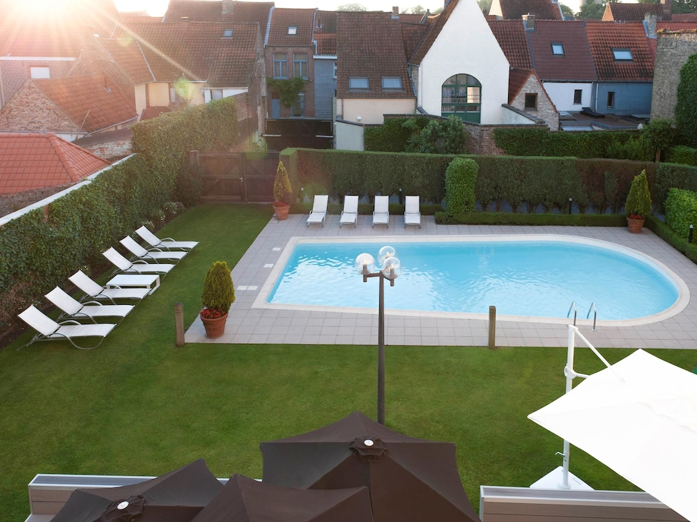 Book novotel brugge centrum in bruges for Bruges hotels with swimming pools