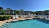 Choose This Cheap Hotel in Bradenton