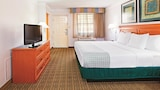 Choose This Business Hotel in College Station -  - Online Room Reservations