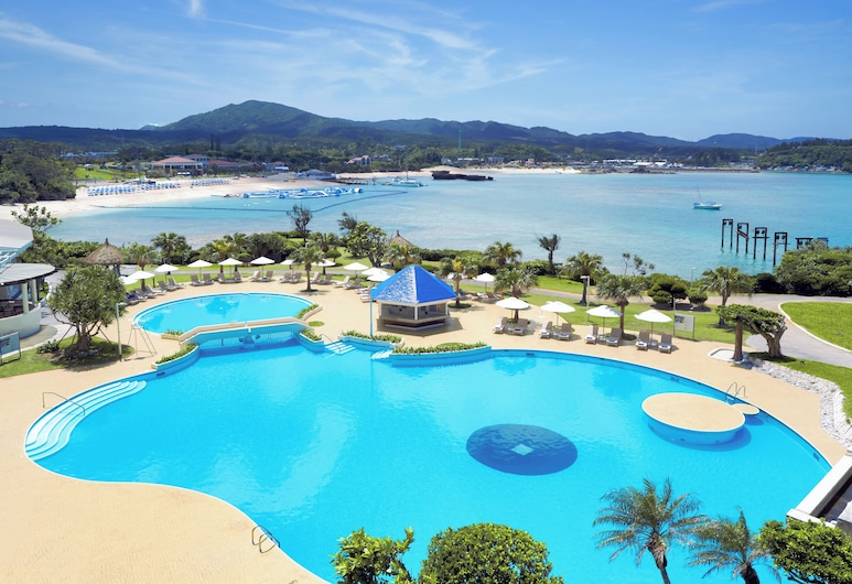 ANA InterContinental Manza Beach Resort, Onnason, Piscina Exterior