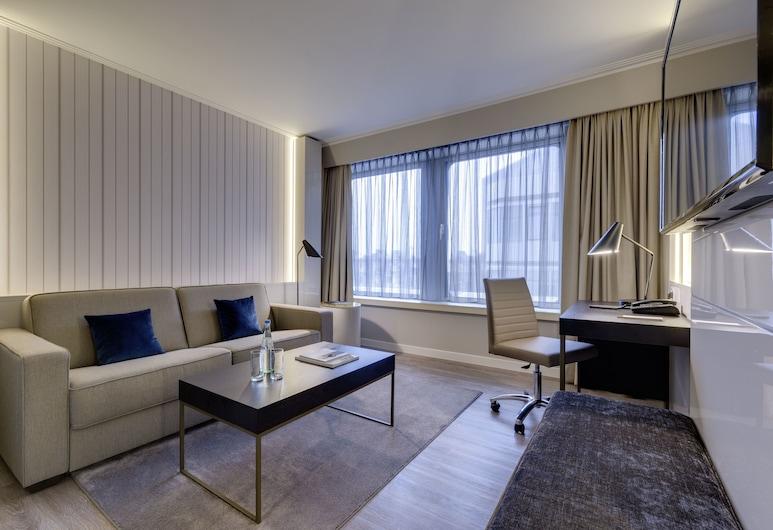 Hotel Nikko Düsseldorf, Düsseldorf, Executive-sviitti, Vierashuone