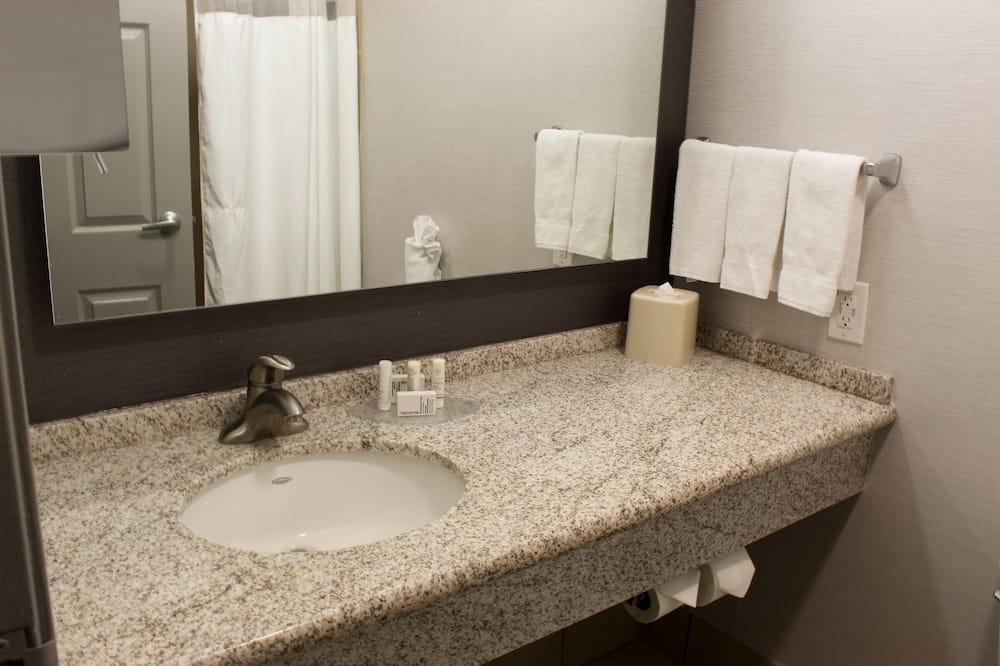 Habitación, 2 camas de matrimonio, no fumadores - Cuarto de baño