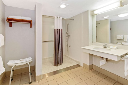 book la quinta inn by wyndham santa fe in santa fe hotels com book la quinta inn by wyndham santa fe