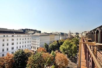 Picture of Hilton Vienna Plaza in Vienna