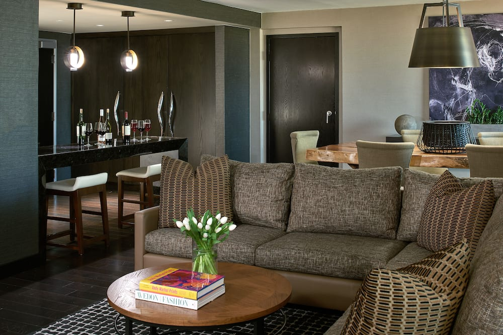 Presidential Suite (Back Bay View) - Living Area
