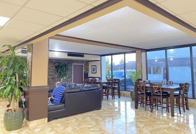 Clarion Inn & Suites Airport, Grand Rapids, Salon u predvorju