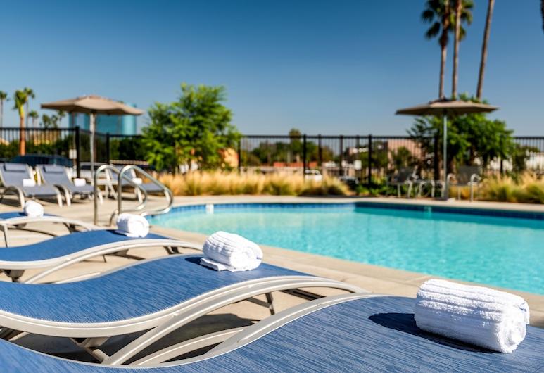 Holiday Inn Express And Suites Santa Ana - Orange County, Santa Ana, Bazen