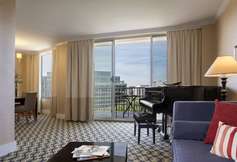 One Washington Circle Hotel, Washington, Suite, 1 King Bed (Circle view), Living Room