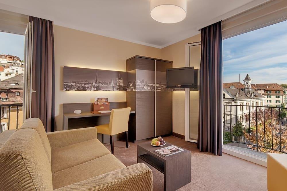 Trojlôžková izba, výhľad na mesto - Hosťovská izba