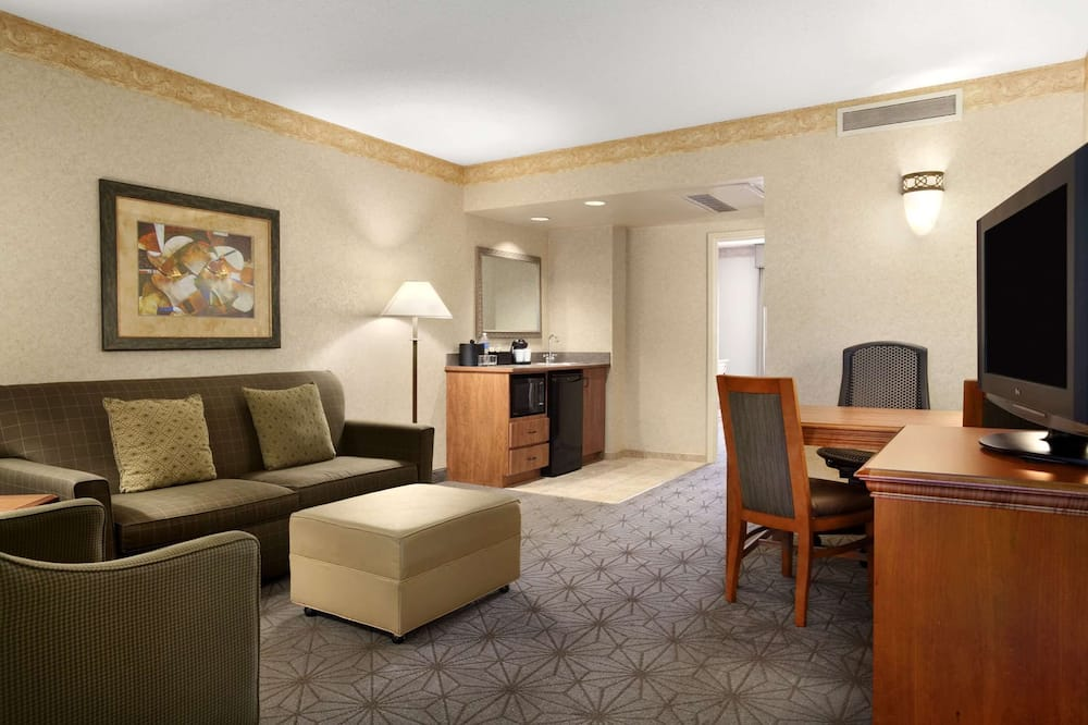 Suite, 2 lits doubles - Coin séjour
